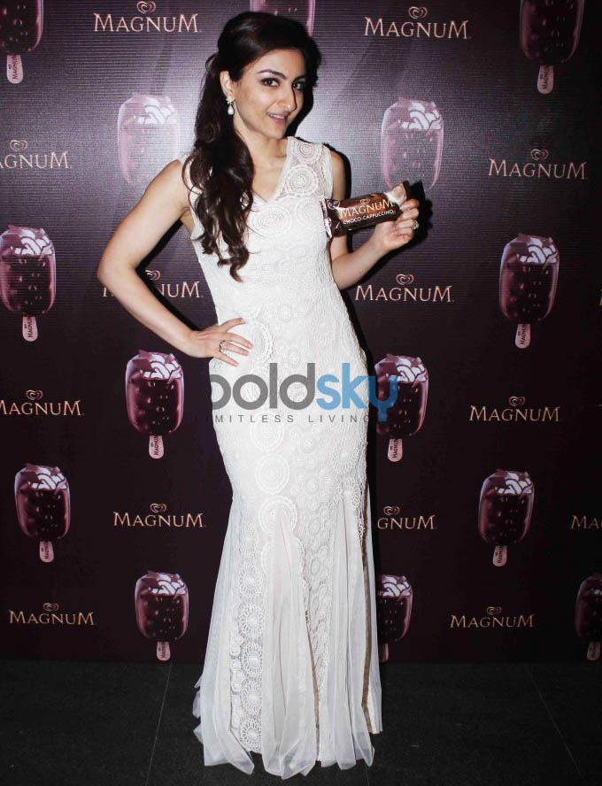 Soha Ali Khan At Launch Of  New Choco Cappuccino Magnum