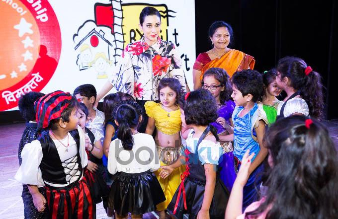Charismatic Karishma Kapoor Cheers For 'Bright Start Fellowship International School' Kids