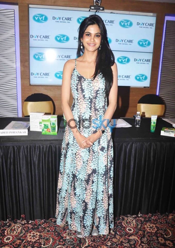 Launch Of Doy Care AloeVera  Facewash By Aditi Pohankar