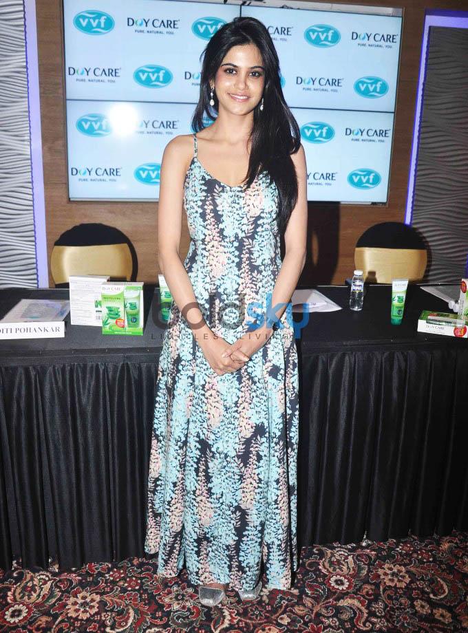 Launch Of Doy Care AloeVera  Facewash By Aditi Pohankar