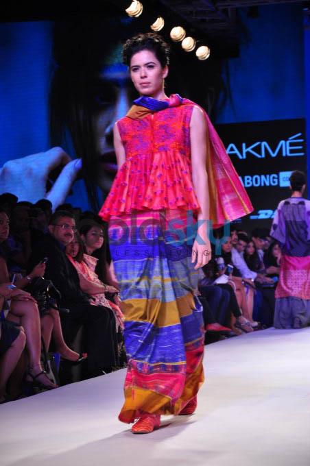 Lakme Fashion Week 2015 KRISHNA MEHTA-DAY 01-SHOW 05