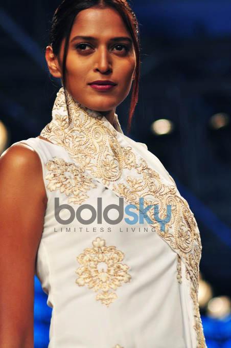 Lakme Fashion Week 2015 PALLAVI SINGHEE,ILK And YOGESH CHAUDHARY-DAY 01-SHOW 02