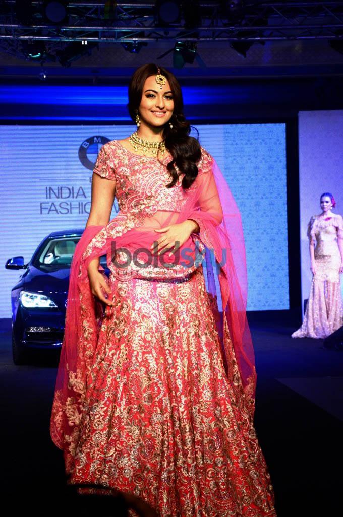 BMW India Bridal Fashion Week Seventh Edition Photos ...