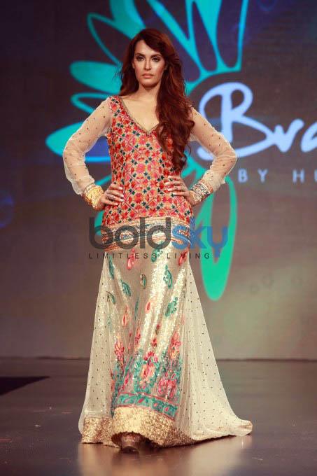 Indo Pak Fashion Show At Shaan E Pakistan Photos Pics