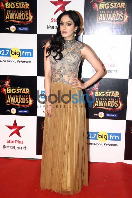 Celebs Grace Big Star Entertainment Awards 2015