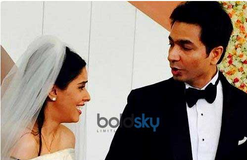 Asin And Rahul Wedding At Dusit Devarana