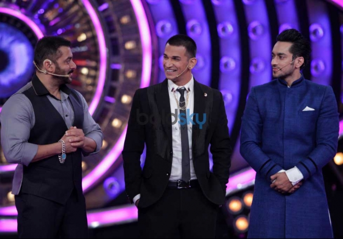 Big Boss 9 Finale - Prince Narula Crowned Winner