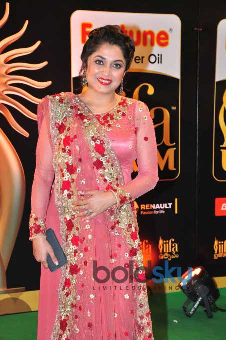 Celebs At IIFA Utsavam Awards 2016