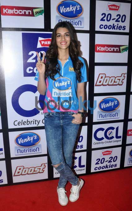 Press Conference Of Celebrity Cricket League 2016