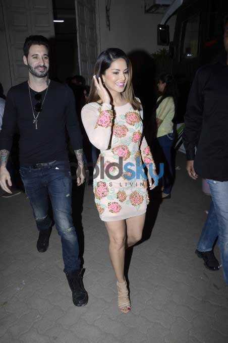 Sunny Leone And Vir Das Snapped Promoting Mastizaade