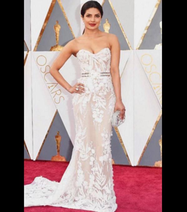 Priyanka Wedding White Gown: Priyanka Chopra Glowed In A Sheer White Gown At The Oscars