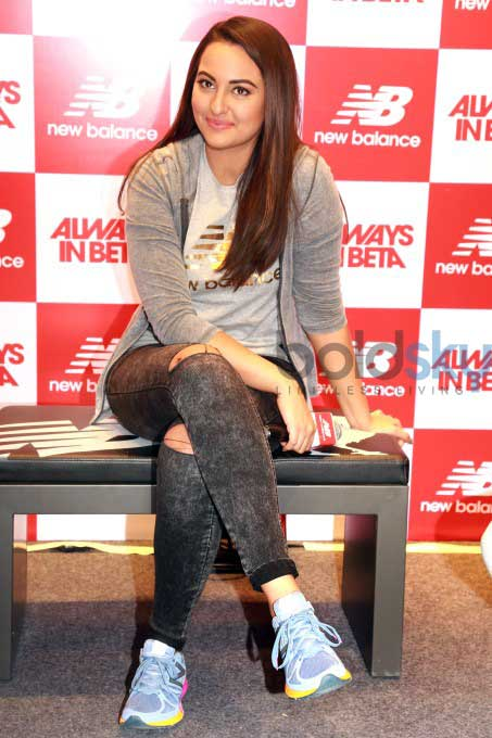sonakshi sinha inaugurates new balance store in noida photos pics