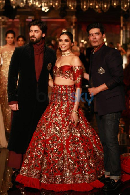 Manish Malhotra Latest Designer Saree Collection 2018 2019: Deepika Padukone And Fawad Khan Walking The Ramp For