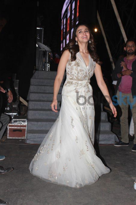 Alia Bhat In Anita Dongre Lehenga Skirt