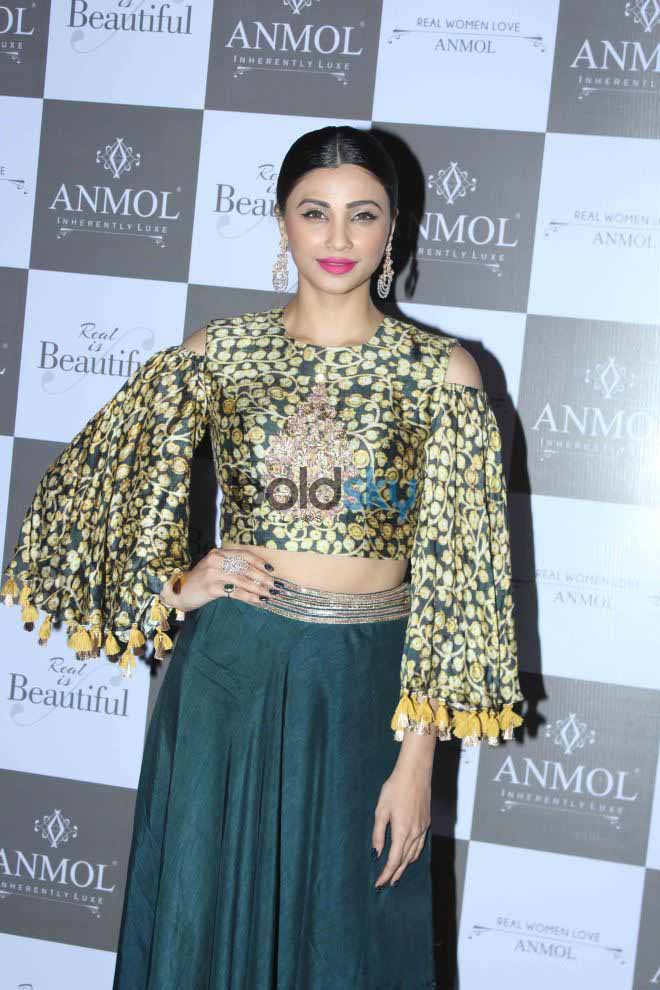 Daisy Shah At Anmol Jewellers New Collection Launch