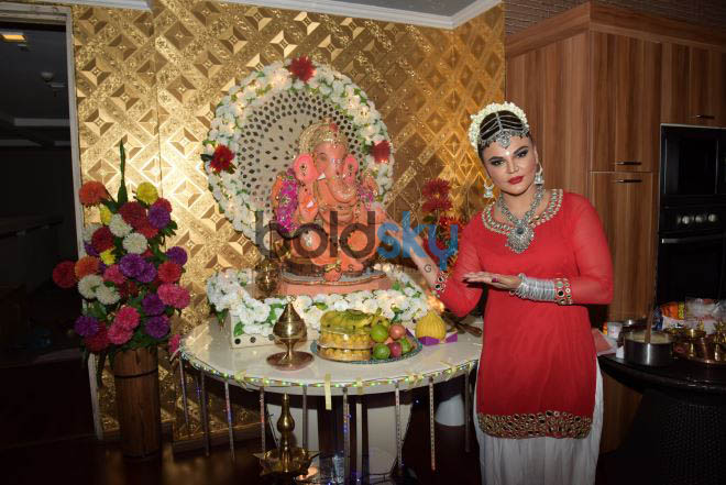 Rakhi Sawant Welcome Of 'BAPPA' On The Occasion Of Ganesh Chaturthi