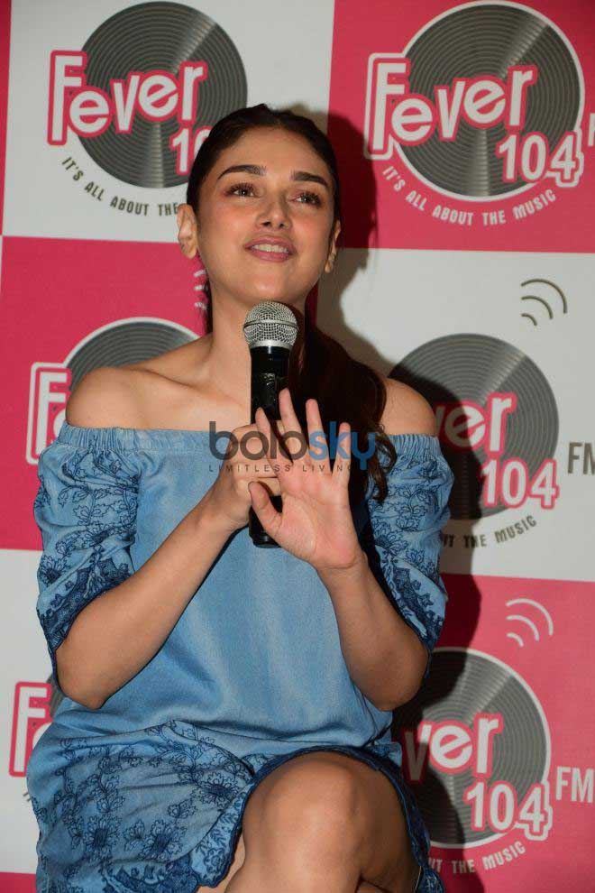 Sanjay Dutt And Aditi Rao Hydari Promote Bhoomi At A Radio Station
