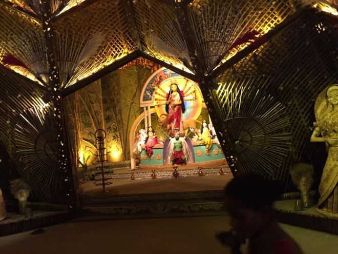 Glimpses Of The Festive Spirit Of Kolkata