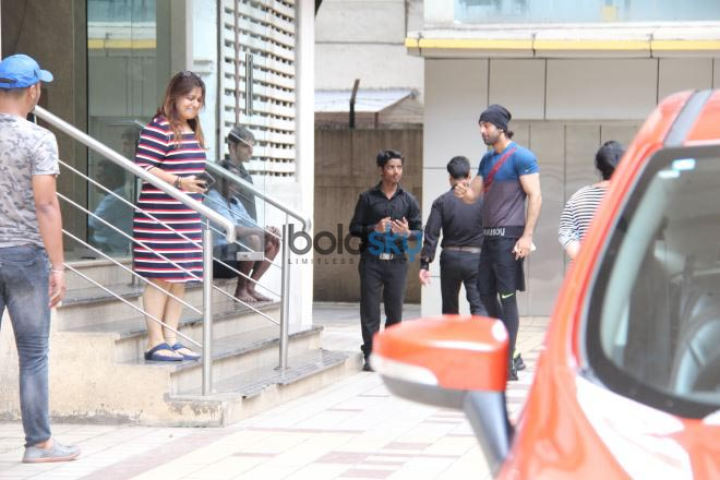 Jhanvi Kapoor And Ranbir Kapoor Spotted At Wow House Of Dance Studio