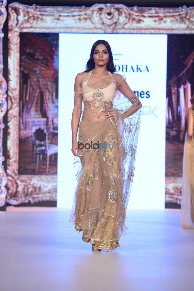 Rina Dhaka Presents At Bombay Times Fashion Week 2017