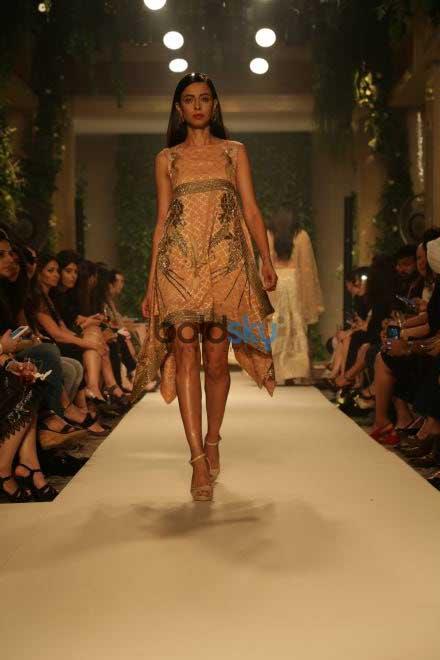 Sidharth Malhotra To Walk For Designer Siddartha Tytler In Delhi