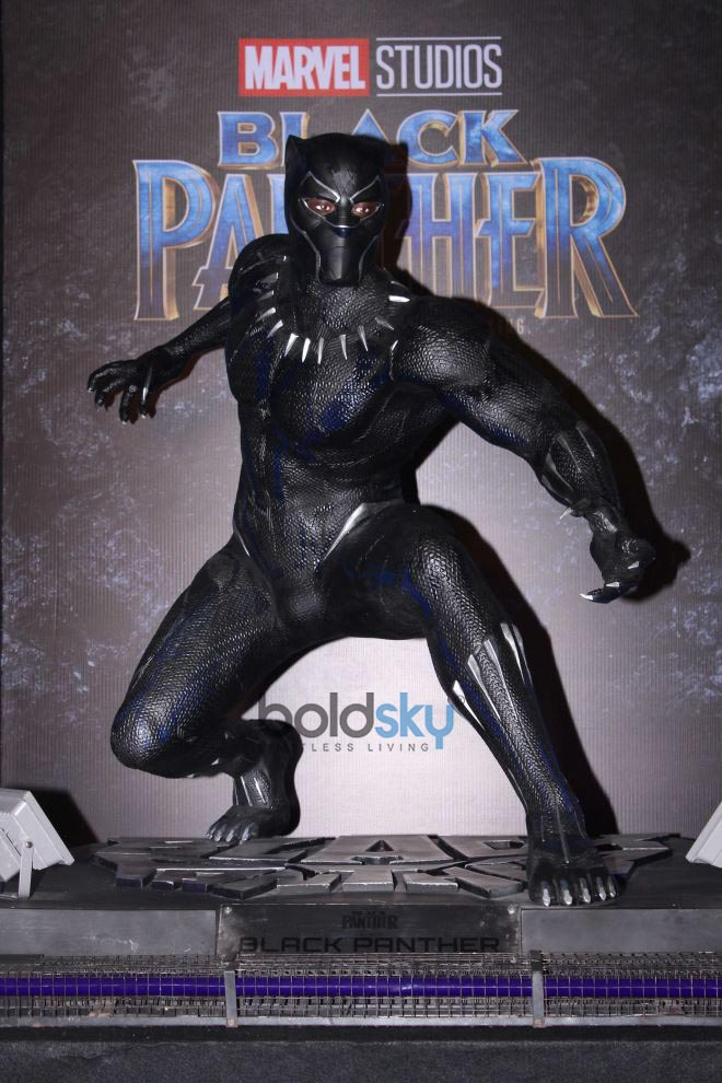 Marvel's Black Panther Glow In The Dark Led Figure