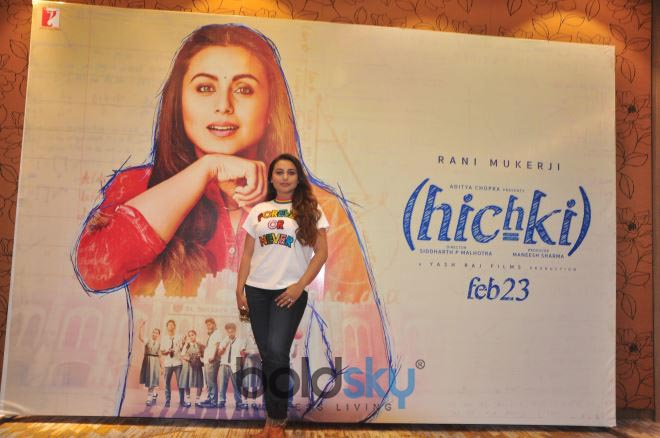 Rani Mukherjee At Kite Flying Festival For Promoting 'Hichki' In Ahmedabad