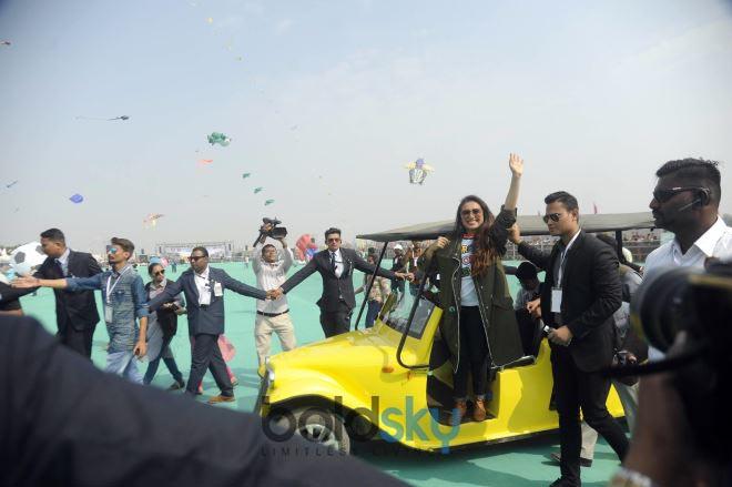 Rani Mukherjee At Kite Flying Festival For Promoting 'Hichki' In Ahmedabad