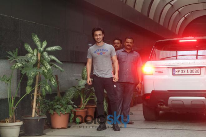 Aayush Sharma Spotted At Gym Bandra