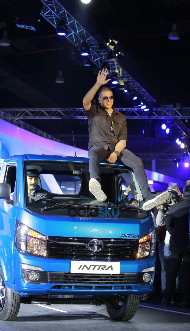 Akshay Kumar At Auto Expo 2018 In Noida