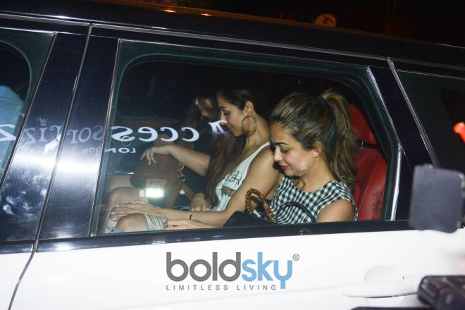 Malaika Arora With Sister Amrita Spotted At Bastian Bandra