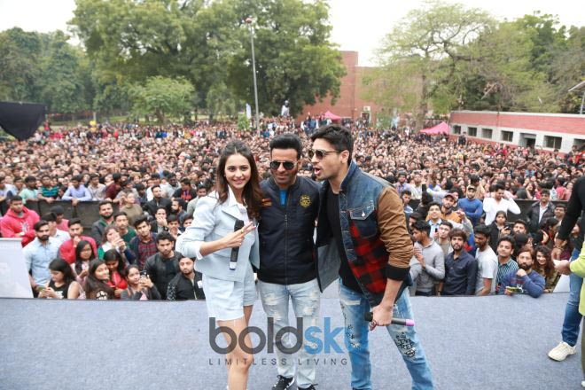 Siddharth Malhotra, Rakul Preet And Manoj Bajpayee At SRCC College DU In New Delhi