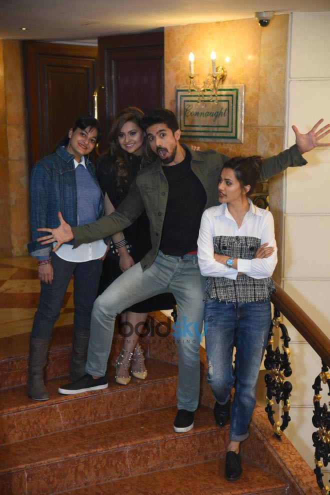 Taapsee Pannu And Caste During Promotion Of Dil Junglee In Delhi
