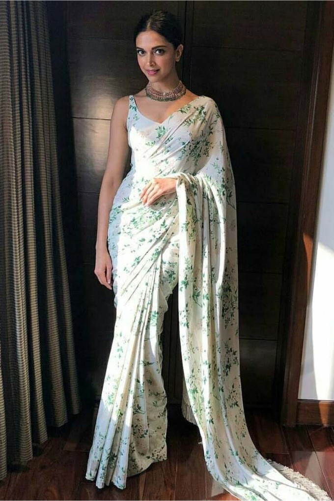 Deepika Padukone Gorgeous Saree Look