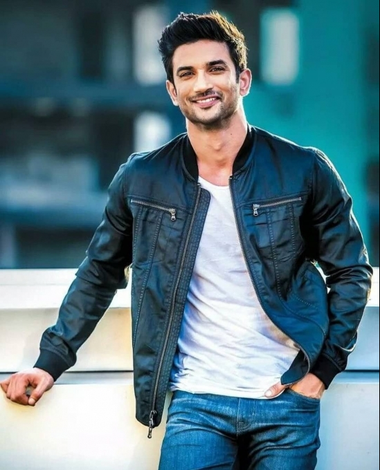 Sushant Singh Rajput's Top 10 Looks and Outfits Photos